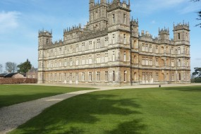 (C)Highclere Castle