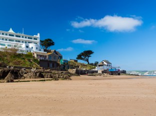 The tidal island of Burgh Island off the coast of Bigbury-On-Sea South Hams Devon England UK Europe